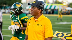 Football Inks 28 To National Letter of Intent - Wayne State
